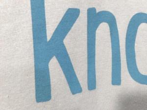 La tinta plastisol suave penetra completamente en el tejido. El efecto es comparable al de las tintas a base de agua