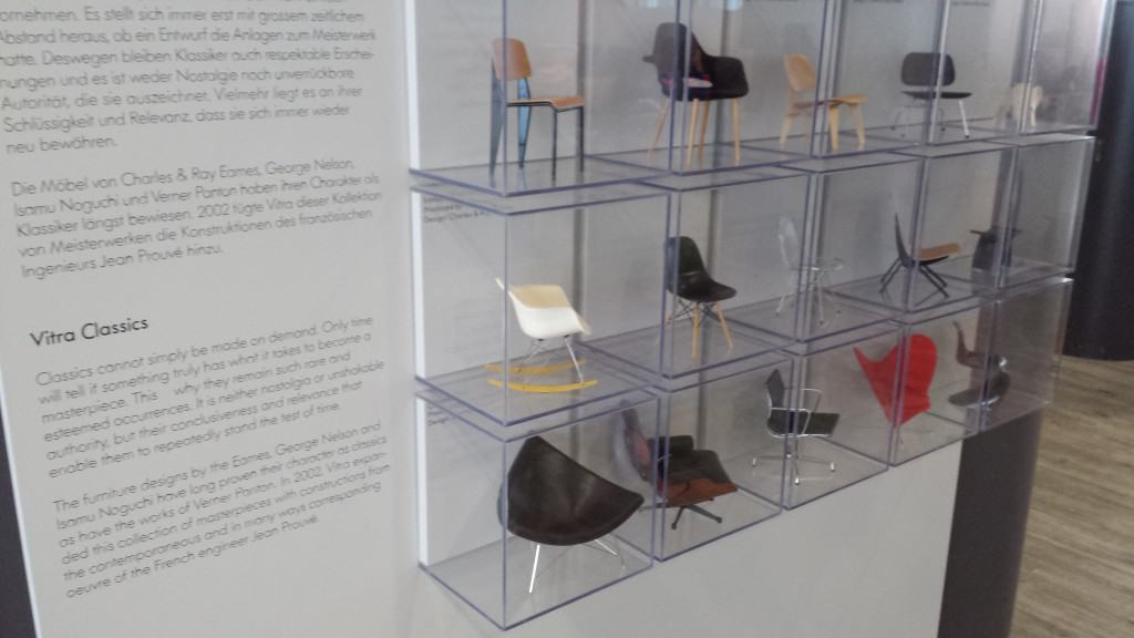 Cool little Vitra display