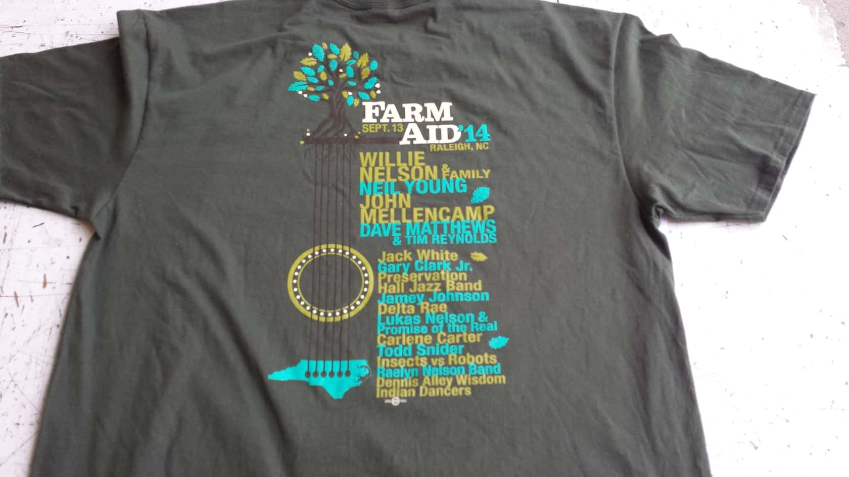 Shirt design of 2014 - The Shirt Of The 2014 Farm Aid Logo Shirt Uses The Same Elements As The Poster