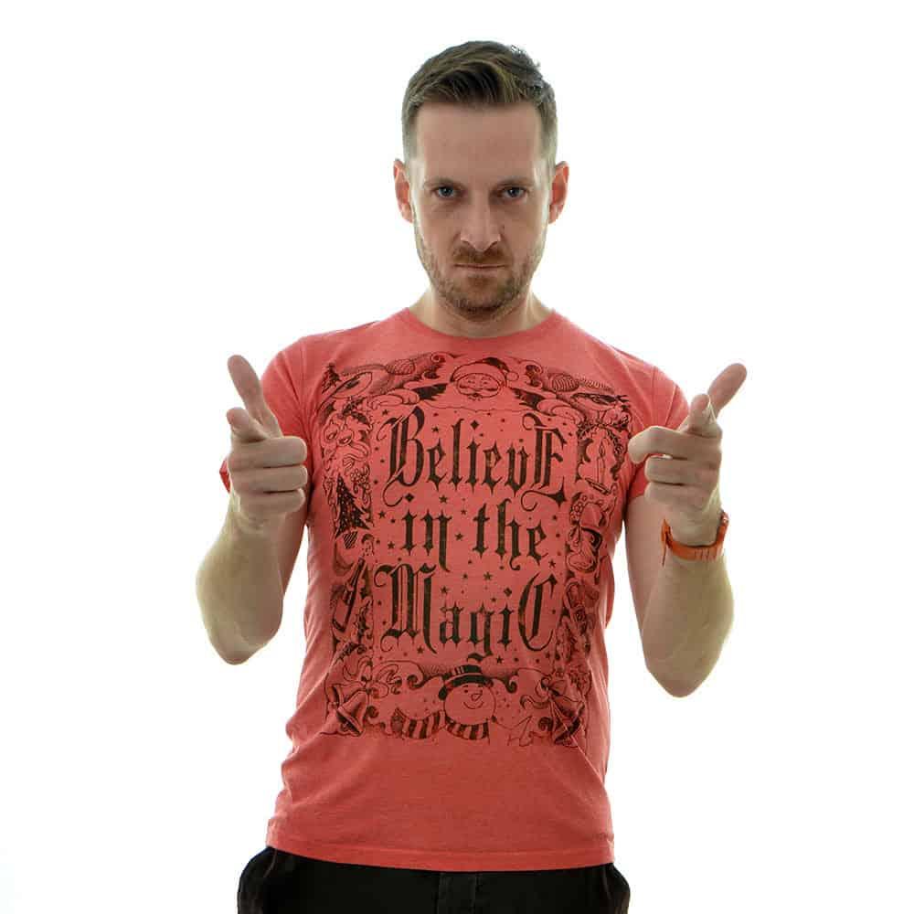 christmas-t-shirts-magic-mens-red