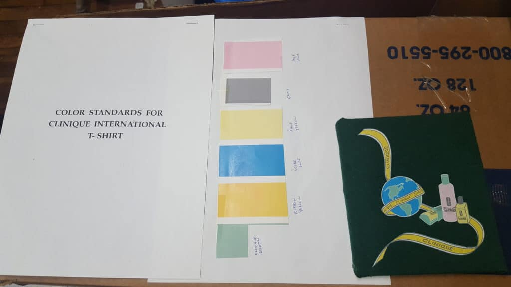 Notice we shown colors to use but no Pantone numbers.